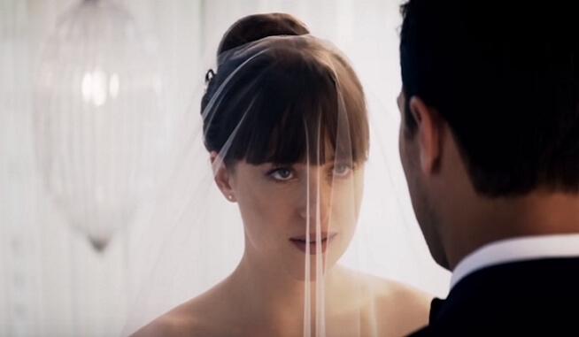 """Žele je sve mlade: Venčanica iz filma """"50 nijansi"""" postala najtraženija venčanica"""