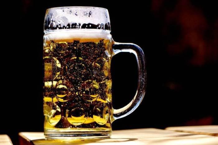Naučnici otkrili u kojoj čaši je pivo najukusnije!