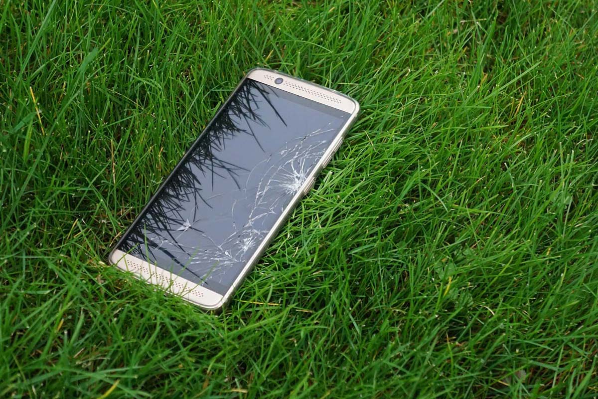 3 načina da uklonite ogrebotine sa telefona