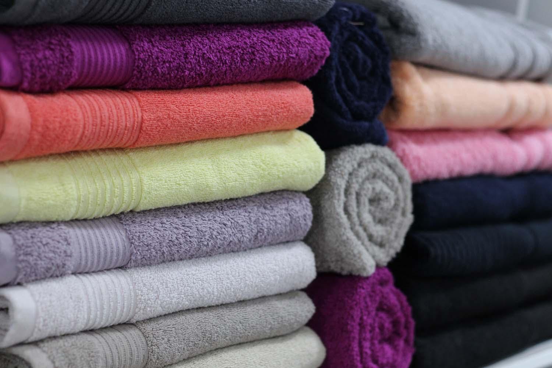 Znate li koliko često treba prati peškire? Odgovor vam se neće dopasti