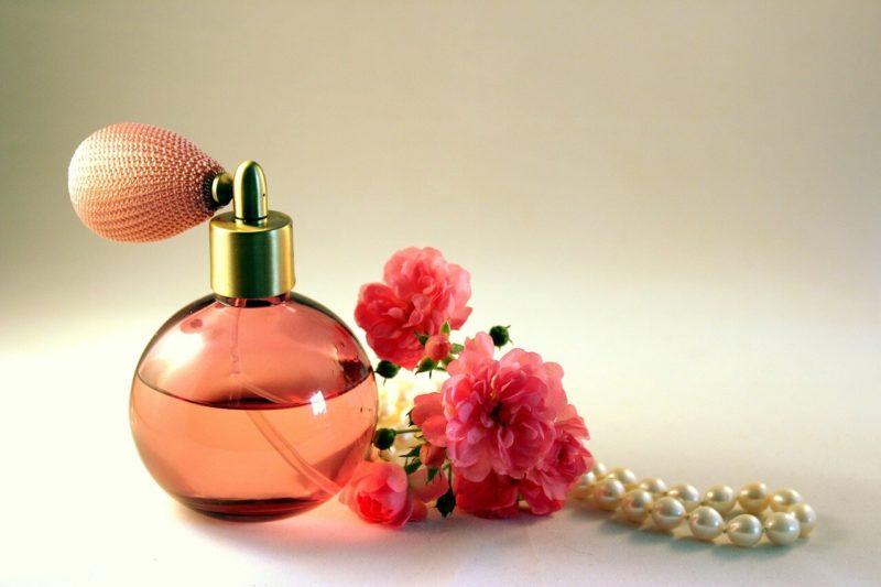 Obratite pažnju na ove oznake na bočici kada kupujete parfem!