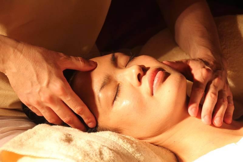 Masiranje ove tačke na licu utiče na vaše zdravlje i raspoloženje!