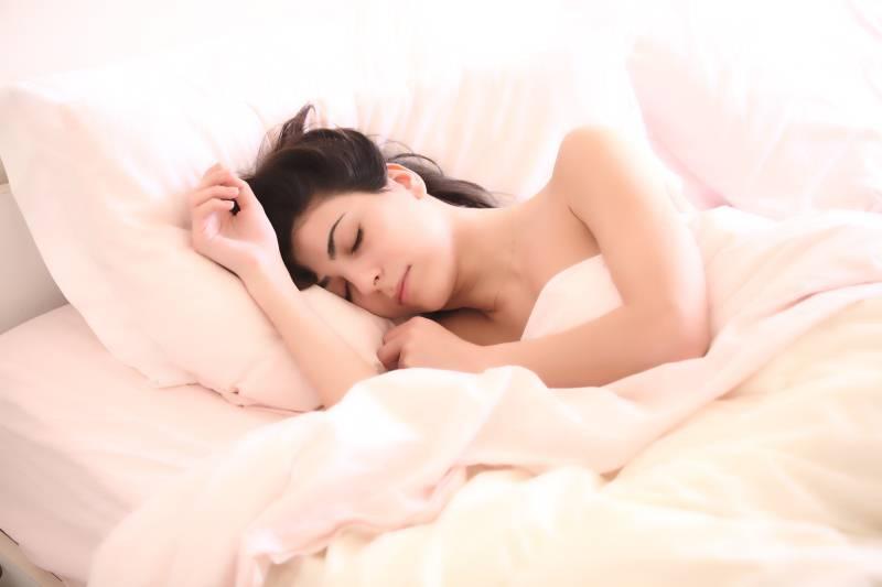 Da li spavate u čarapama? Zbog ovih stvari ćete početi…
