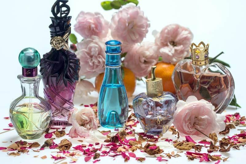 Evo šta vaš omiljeni parfem govori o vašem karakteru