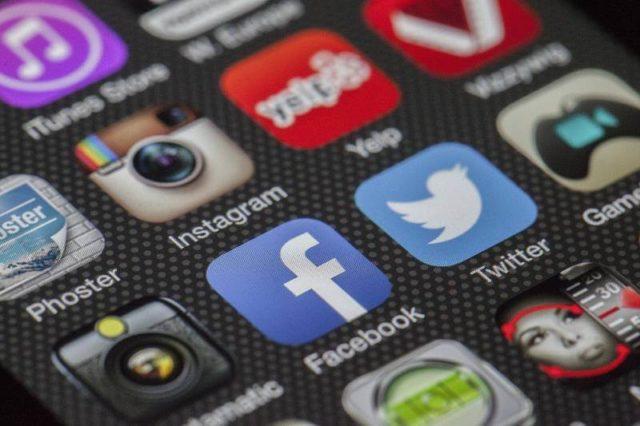 """Ovo smo čekali! Fejsbuk vraća stari """"News Feed""""!"""