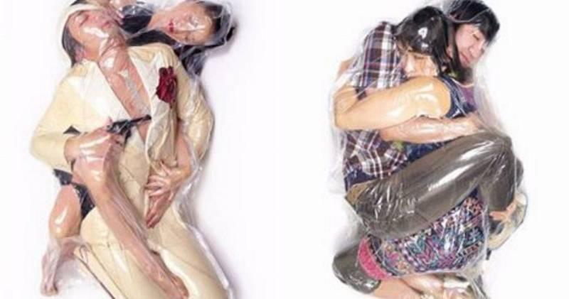 Da li je ovo najčudniji način izražavanja ljubavi? Pogledajte zašto se ovi parovi slikaju u vakuumskim vrećama