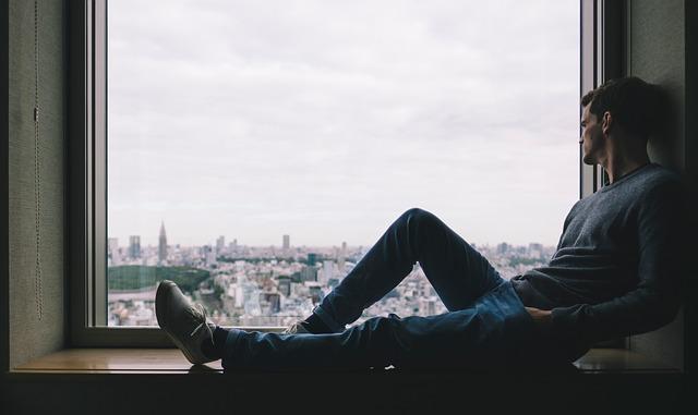 7 razloga zbog kojih inteligentne osobe teže pronalaze ljubav