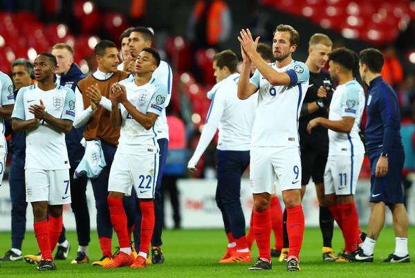 Prva zvezda reprezentacije Engleske je…