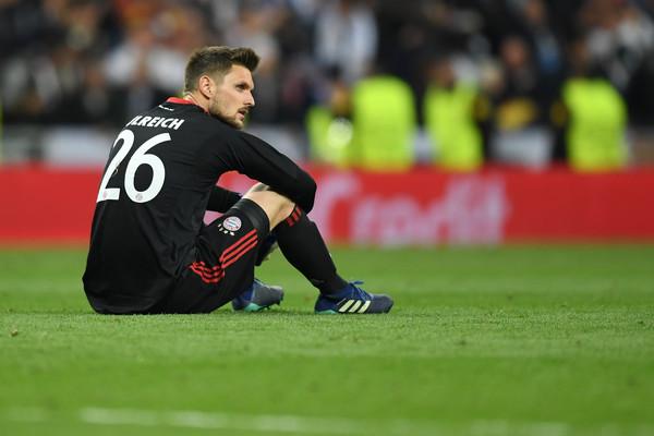 Katastrofalan kiks golmana Bajerna – Ova velika greška koštaće Bajern finala Lige šampiona! (VIDEO)
