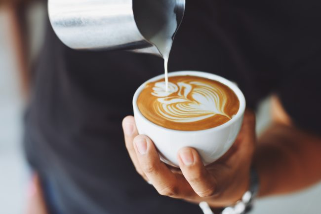 Šta kafa zaista radi vašem mozgu: 10 stvari koje sigurno niste znali