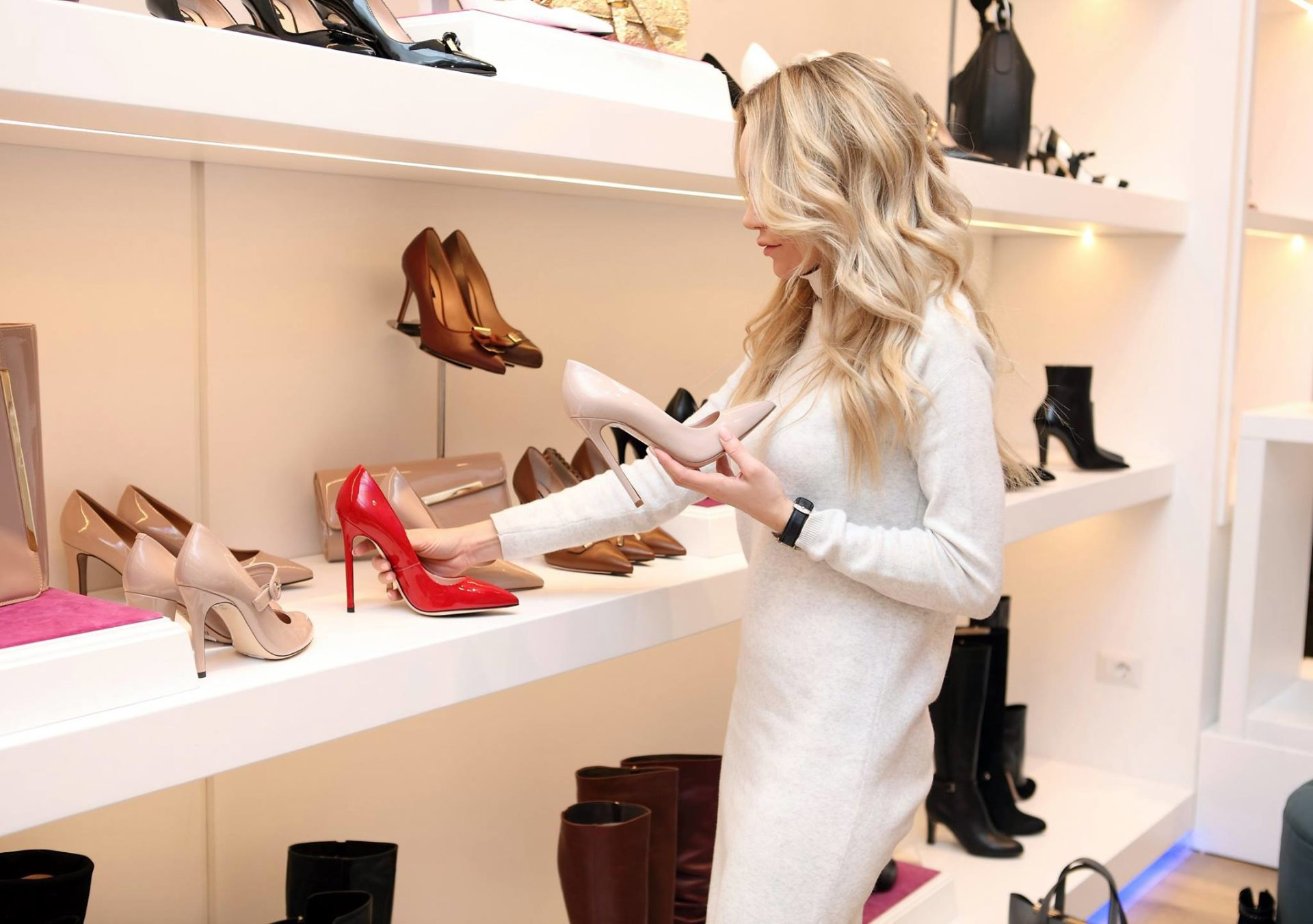 Najskuplje cipele na svetu inspirisane su ljubavnom pričom, a od njihove cene će vam se zavrteti u glavi