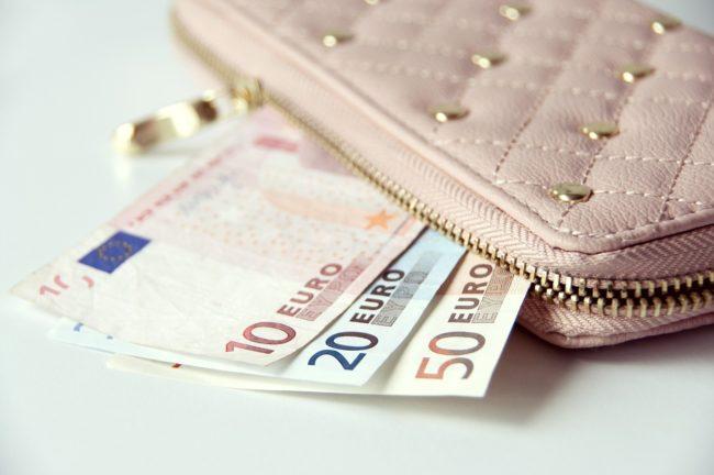 Ukoliko ovo držite u novčaniku, nikad nećete imati novca!