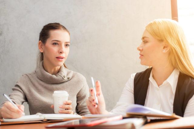 Kako deljenje saveta utiče na odnose između ljudi?