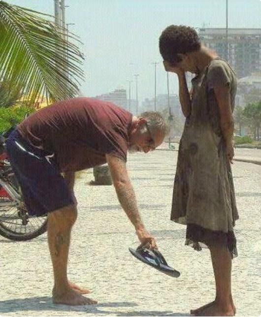 15 fotografija koje vraćaju veru u čovečanstvo