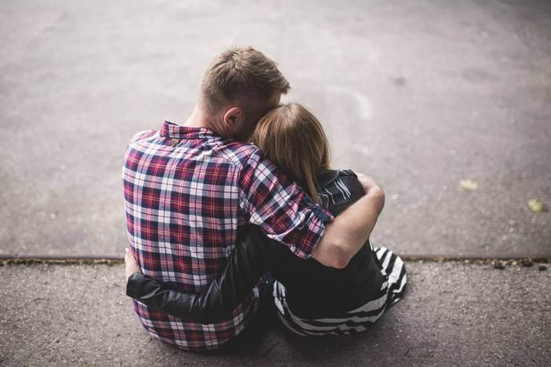 Šta znači kada bivša ljubav želi da ostanete prijatelji