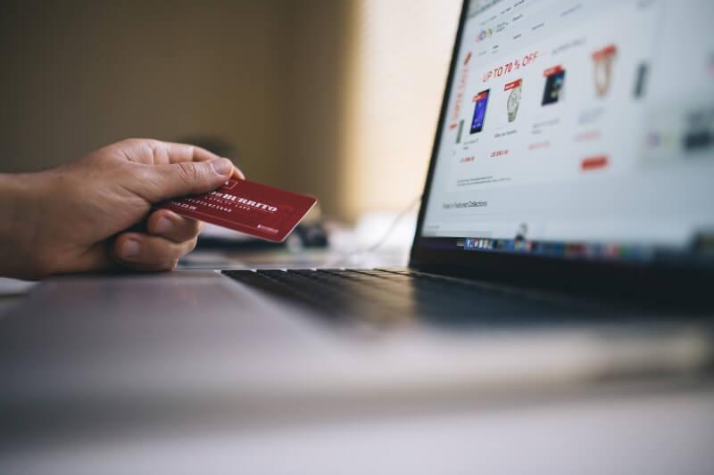 Ovih 5 stvari nikada ne kupujte preko interneta