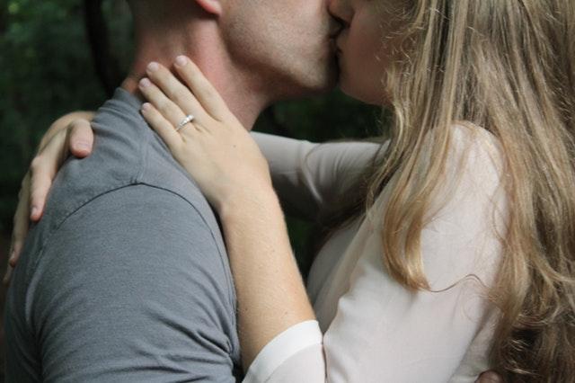 Ovih 5 znakova govore da ste u zdravoj vezi