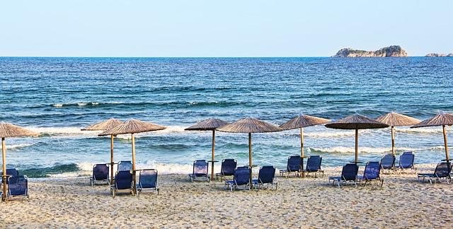 Zašto je more slano? Beach-1050248_640