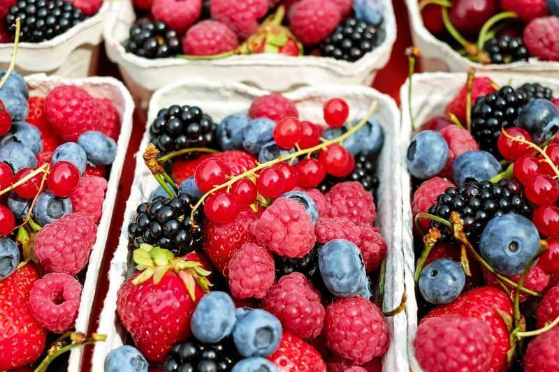 Da li znate koliko ima šećera i kalorija u vašem omiljenom voću?