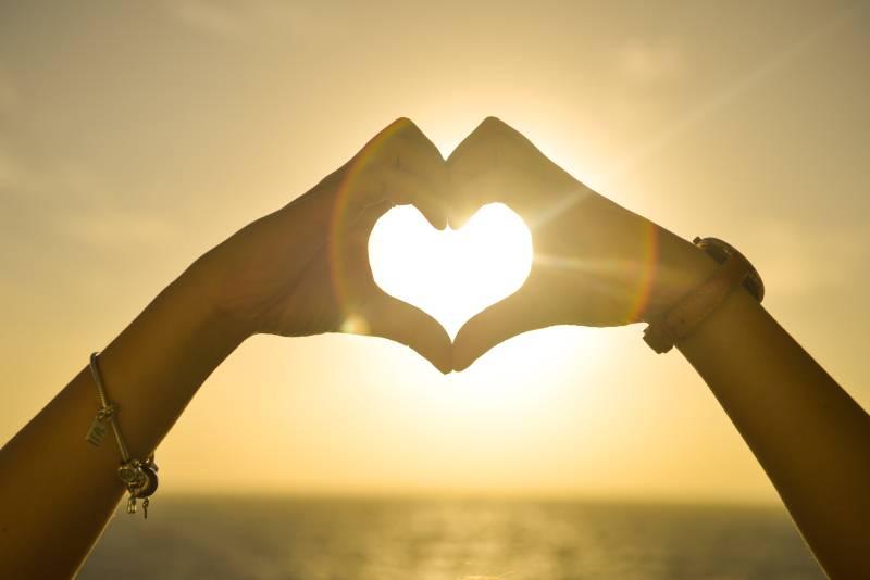 Veliki ljubavni horoskop za maj: Ovim znakovima se smeši nova ljubav!