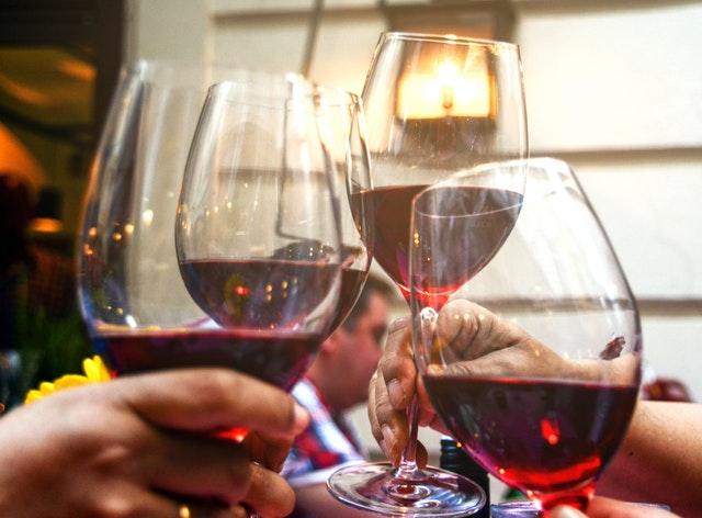 Smanjite rizik od pojave raka: Smesta izbacite alkohol i ove namirnice iz jelovnika!