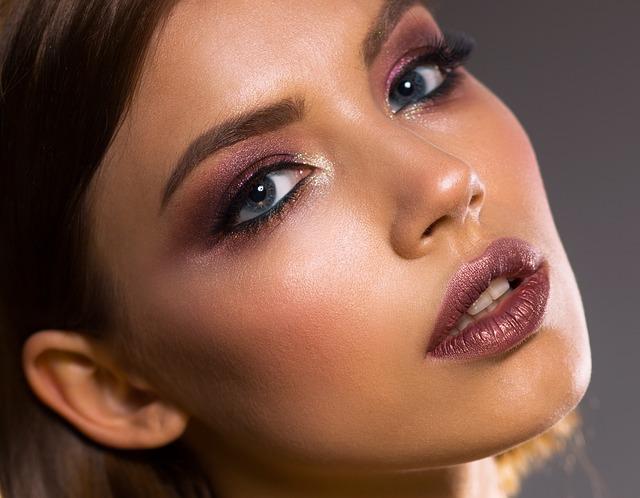 Znate li šta će se desiti sa vašom kožom ako prestanete da se šminkate? Promena je ogromna!