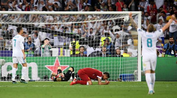 Navijači na Tviteru nemilosrdni prema Liverpulu nakon poraza od Real Madrida!