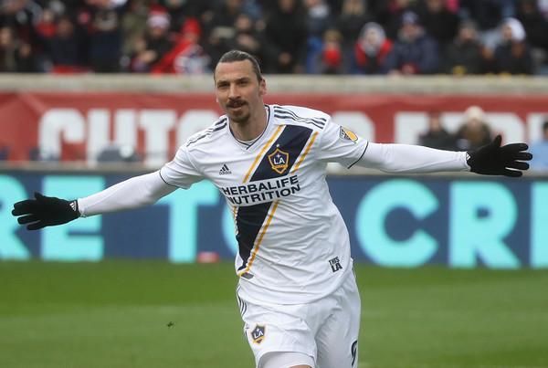 Ibrahimović postiže golčinu u prvom minutu derbija MLS lige! (VIDEO)