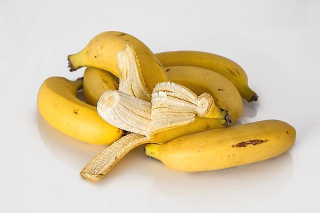 Japanci napravili bananu sa ukusom ananasa i jestivom korom a pogledajte koliko košta!
