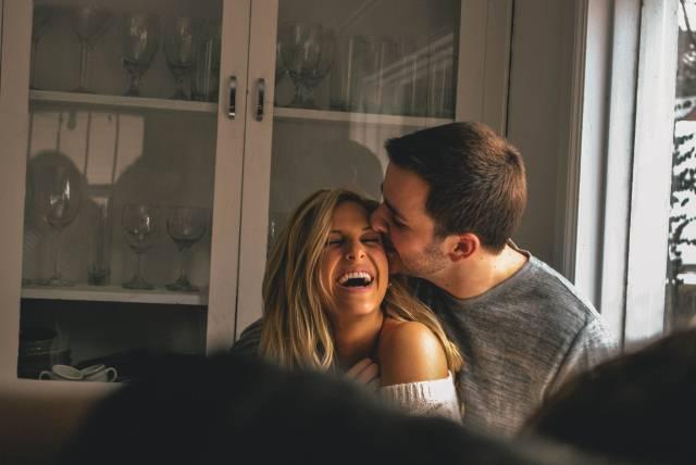 10 znakova koja ukazuju da će vaša veza da traje zauvek