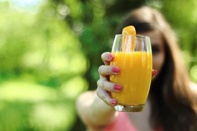 Terapeutska moć sveže ceđenih sokova: Pogledajte zašto bi trebalo da ih pijete svakodnevno!