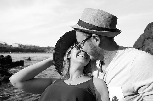 Kako preboleti prvu ljubav i krenuti dalje