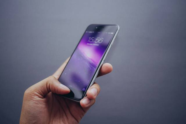 Stvari koje svakodnevno radite mogu ozbiljno da oštete vaš telefon
