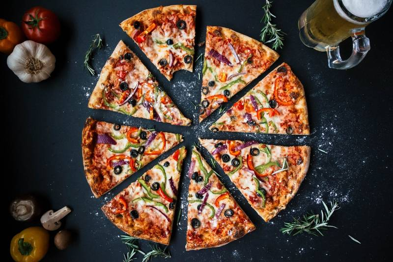 Konačno! Nutricionisti otkrivaju razloge zašto je dobro jesti picu!