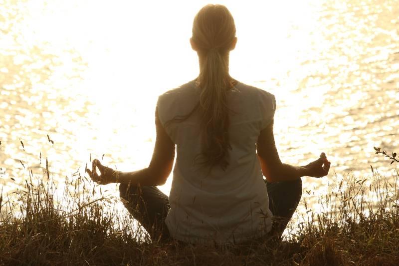 Brzi joga trening kojim ćete oblikovati telo za kratko vreme