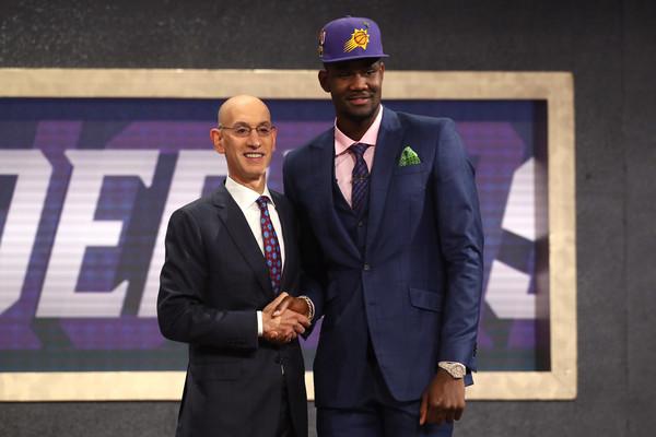 Tvit prvog pika na NBA draftu kome se ceo svet smeje!