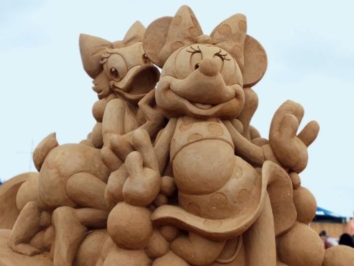 Kada vidite ove skulpture nećete verovati da ih je neko napravio na – plaži!