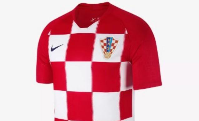 Japanac na Kalemegdanu u dresu Hrvatske – Nema pojma zašto svi gledaju u njega! (FOTO)