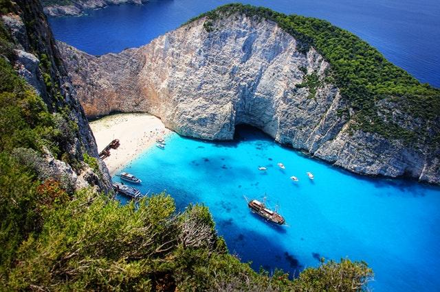 5 manje poznatih grčkih ostrva koja morate posetiti pre nego što postanu turistička atrakcija