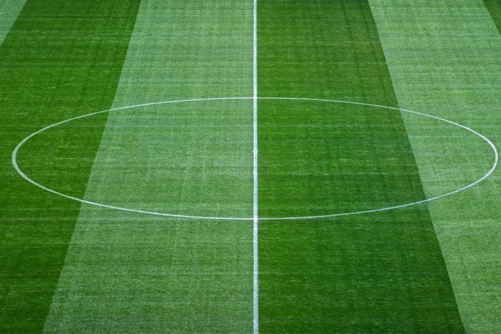 Čemu služi krug na centru fudbalskog terena?