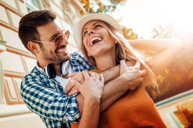 Ne dajte da se ljubav ugasi: Jednostavne navike koje čuvaju ljubavne varnice