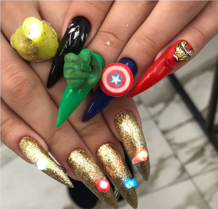 Da li su ovo najružniji nokti na svetu? Ono kada umetnost ukrašavanja noktiju krene vrlo pogrešnim putem