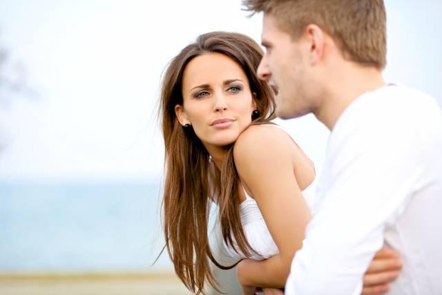 Suptilni ali sigurni znakovi da se ne sviđate muškarcu koji se sviđa vama