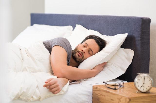 Zašto bi vikendom trebalo da spavate duže?