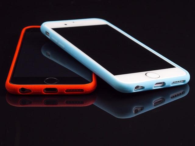 Zašto ne smete da koristite svoj telefon u avionu? Čemu tako ekstremna mera opreza?