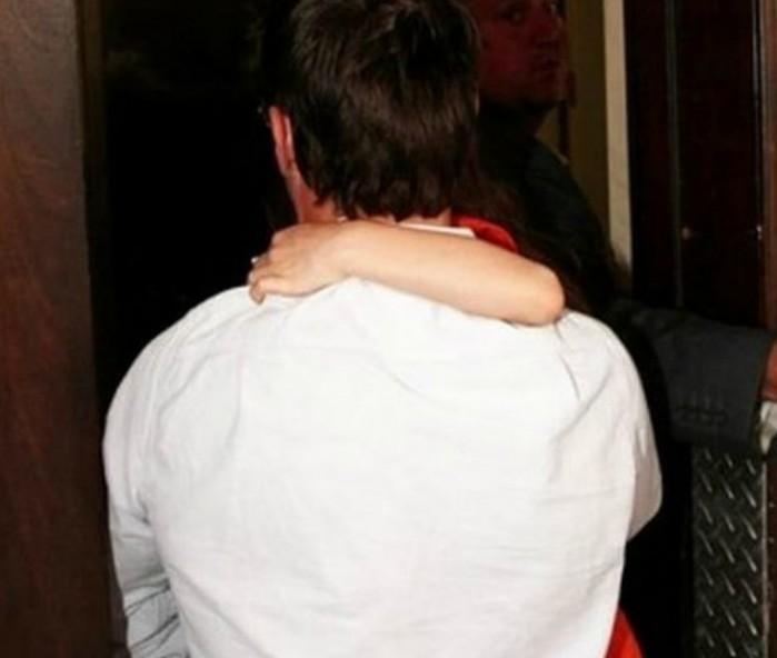 Slavni glumac 4 godine nije video ni poljubio svoju ćerku, sada ju je izbrisao iz života a razlog je strašan!