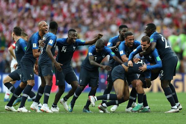 Ngolo Kante nije smeo da drži trofej Svetskog prvenstva – Evo i zašto!