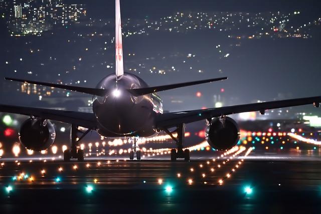 Zašto ljudi aplaudiraju kada avion sleti?