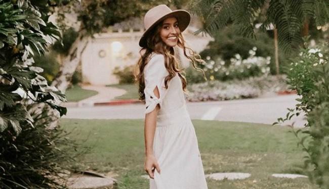 Leto ne može bez nje: Ovo je savršena mala bela haljina za svaki oblik tela