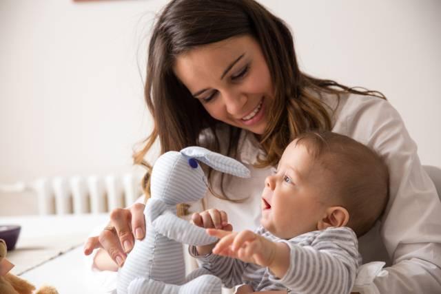 Ništa više nije isto: Psihoterapeut otkriva koliko rođenje bebe promeni psihu žene